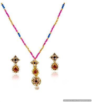 Kshitij Jewels Pearl Studded Floral Necklace Set