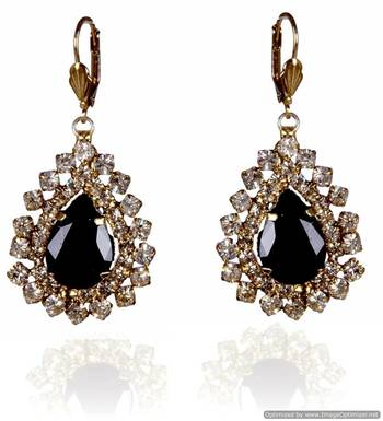 Kshitij Bewitching Chandelier Earrings
