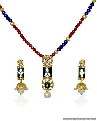 Kshitij Blue Heavenly Pendant Necklace Set