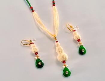 Designer Emerald Pendent Set