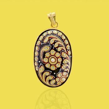 Tanjore Flower Pendant