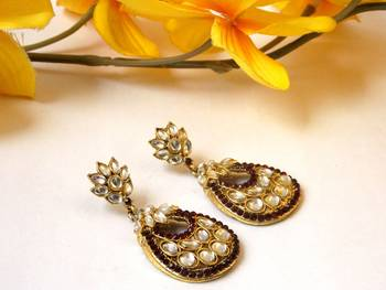 The Kundan Bliss