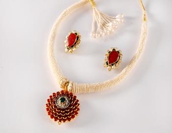 Designer Floral Pearl Necklace Set