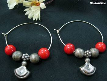 Silver_Beads_Red_Beads_Bali