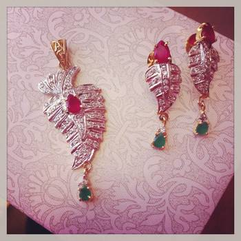 Ruby Red & Green Pendant Set