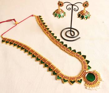 BEAUTIFUL GREEN TEMPLE JEWEL LONG NECKLACE WITH MATCHING EARRINGS DJ15053